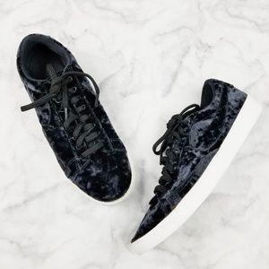 Nike|Blazer Low Velvet Sneakers